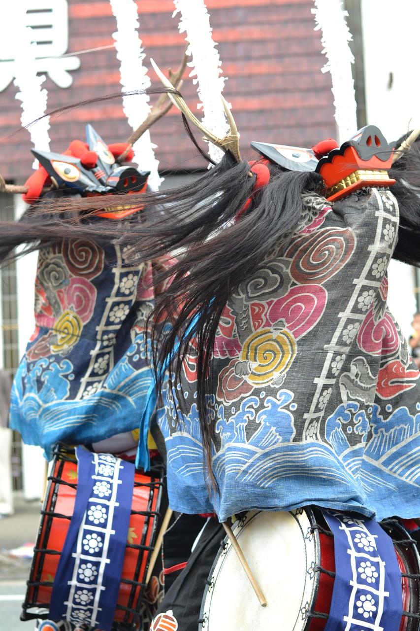 石鳥谷祭りで舞う鹿踊