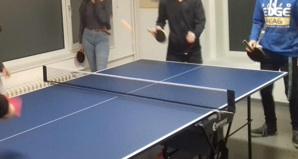Jugendtreff Wildenrath Tischtennisplatte