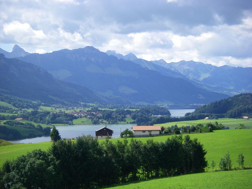 Le lac de la Gruyère.