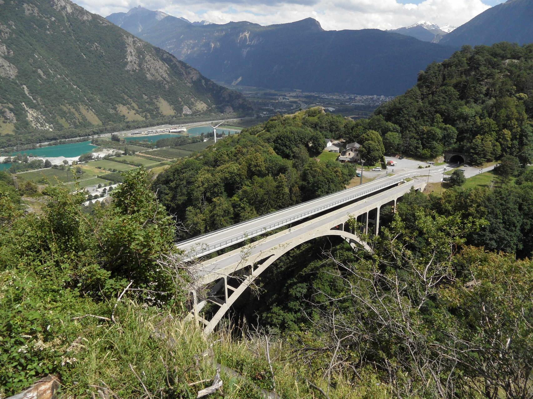 Aimé a roulé sur le pont de droite...