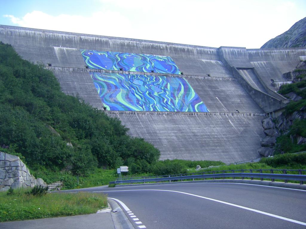 Un barrage dans la descente.