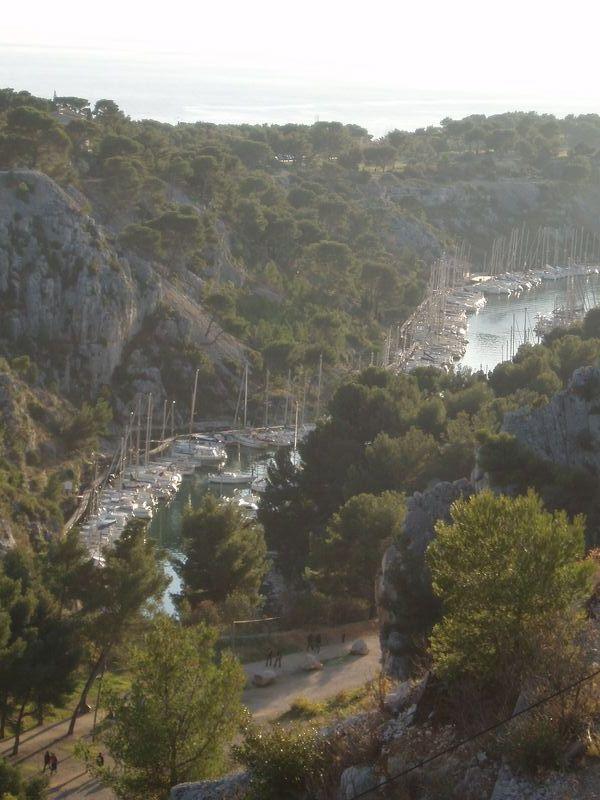 Les petits bateaux dans la calanque de Port-Miou