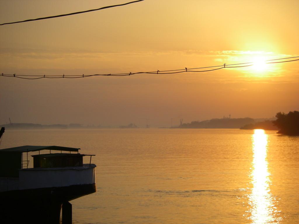 Dernier lever de soleil sur le Danube à Vidin.