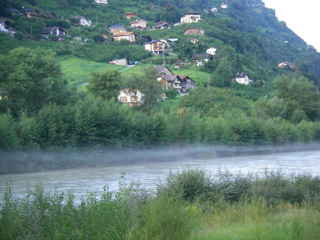 Brouillard sur le Rhône.