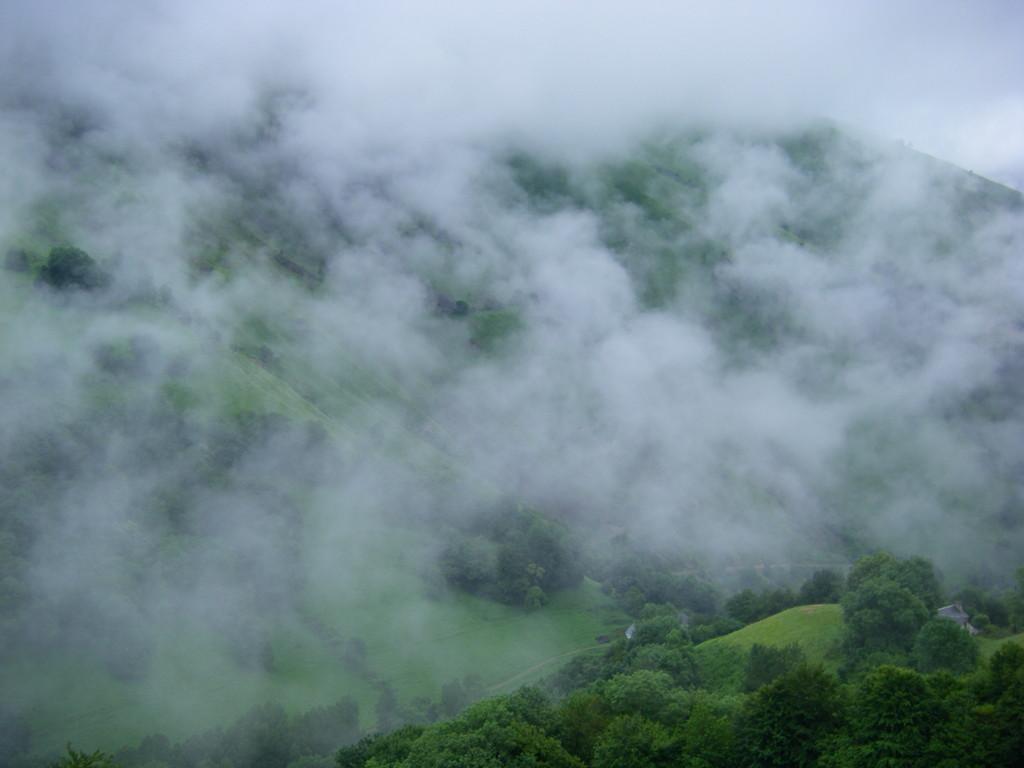 Vue sur la vallée d'Aspe.