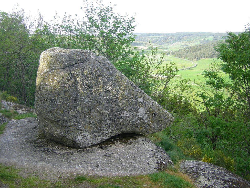 La Roche Branlante
