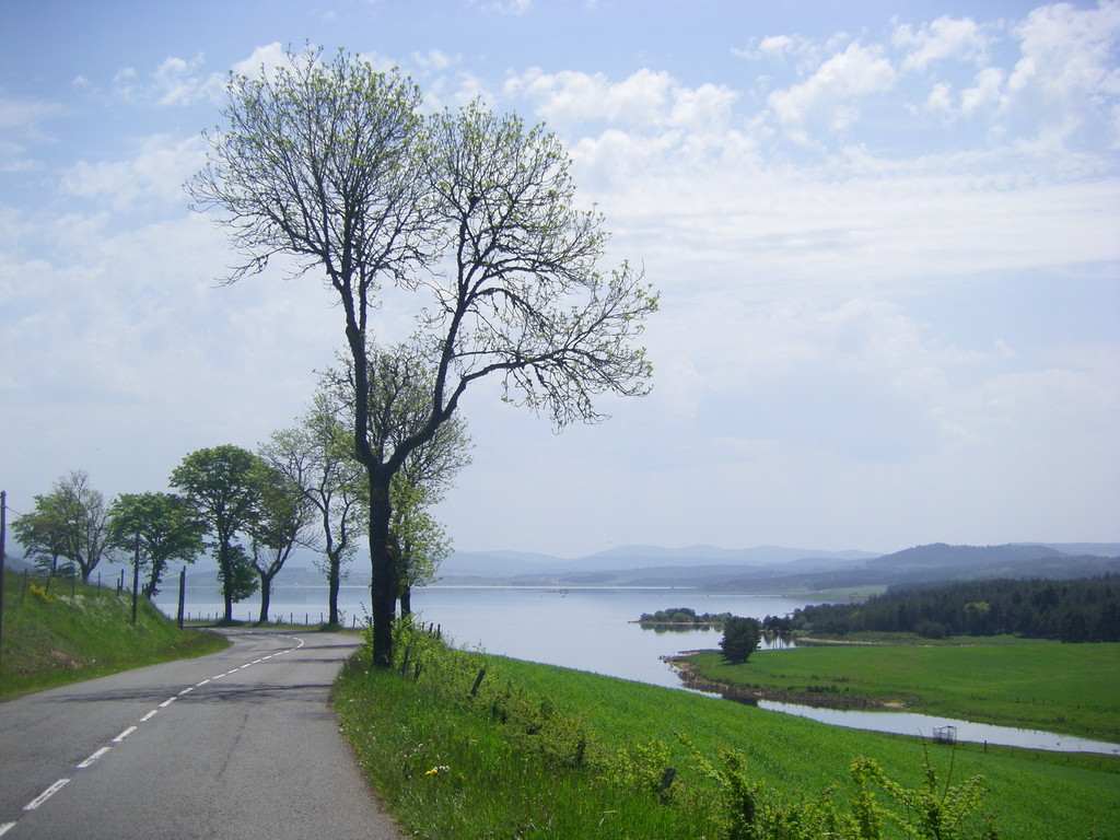 Le lac de Naussac ...