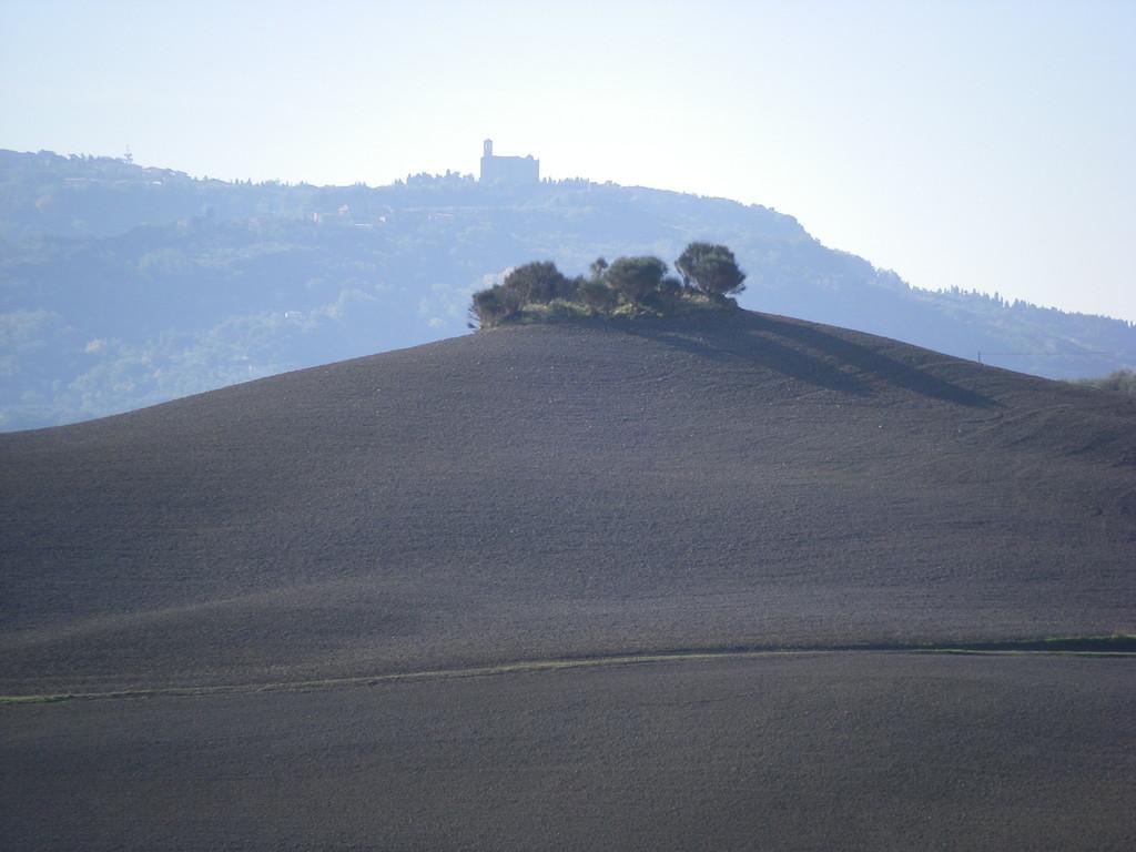 Je m'éloigne de Volterra