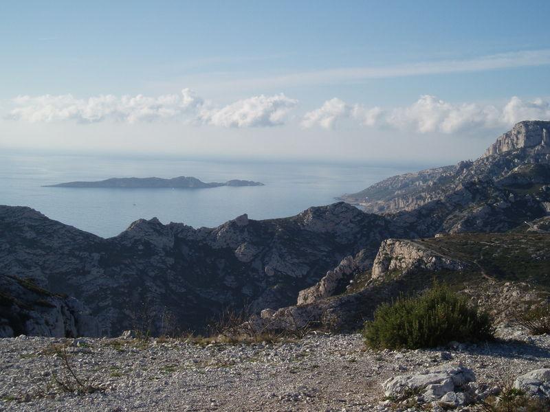 L'île de Jarre vers Marseille