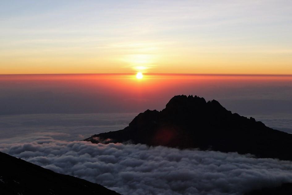 Sonnenaufgang Stella Point auf dem Kilimandscharo