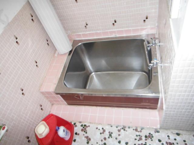 ステンレス浴槽 断熱効果はほぼありません