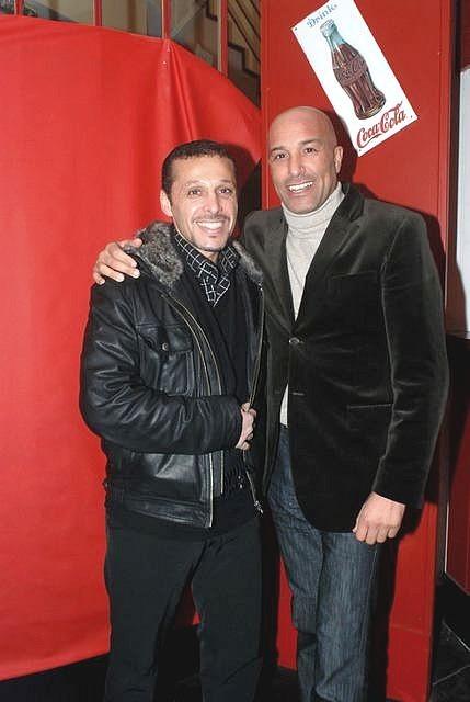 KAMEL CHOUAREF (à gauche)