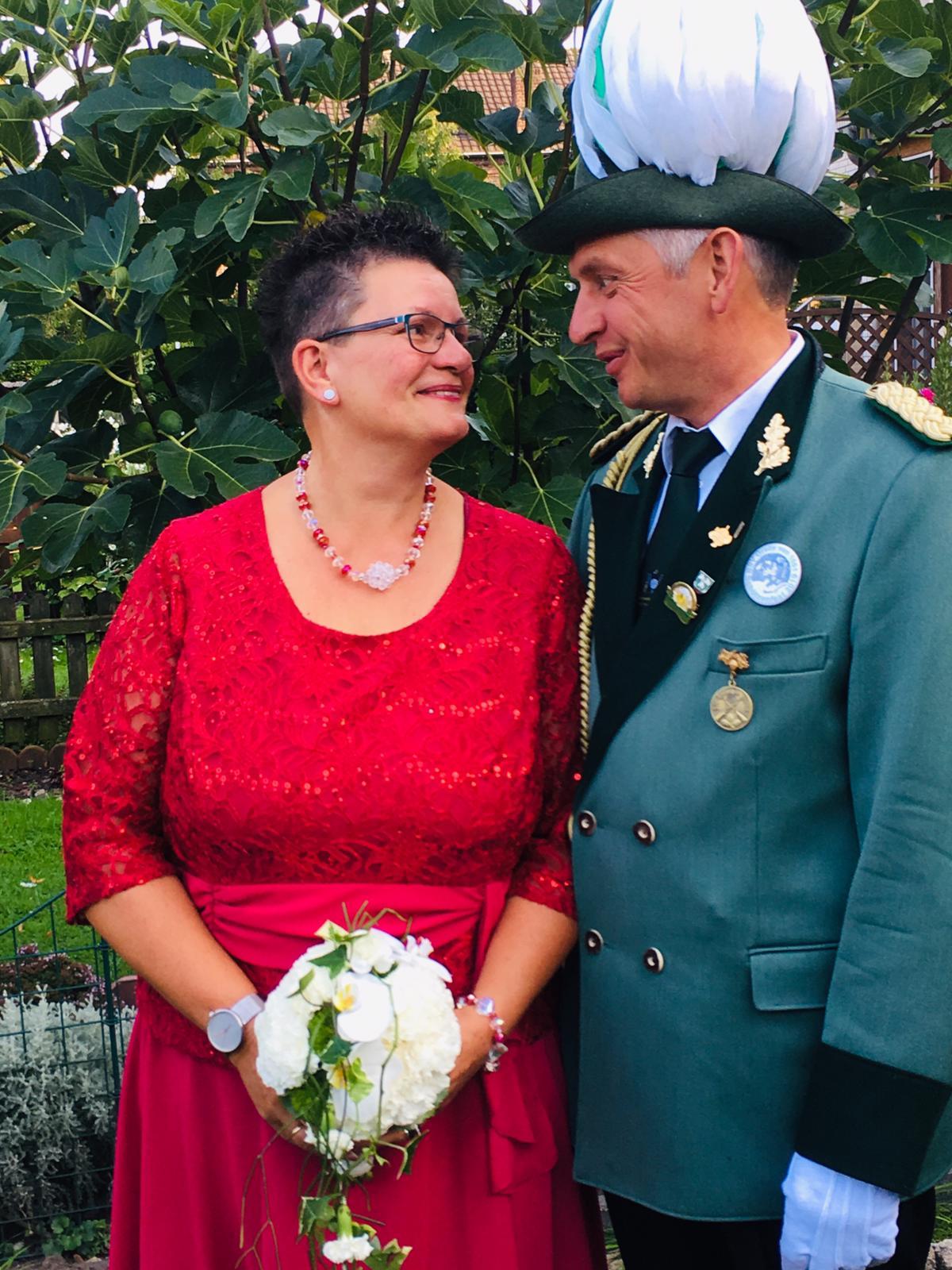 Außenminister Hubert Klüppel mit Hofdame Barbara Klüppel