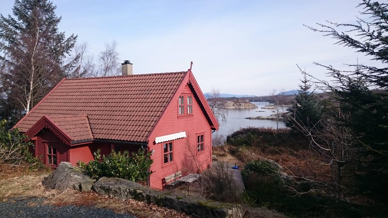 Das Ferienhaus von Sindres Familie sieht wie aus dem Bilderbuch ...
