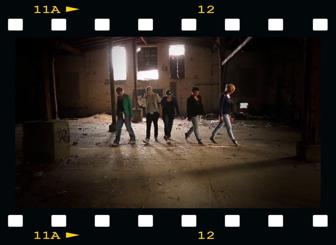 "Lisa, Mareike, Carina, Jenny & Ari als ""Backstreet Boys"""