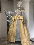 Historische Kostüme