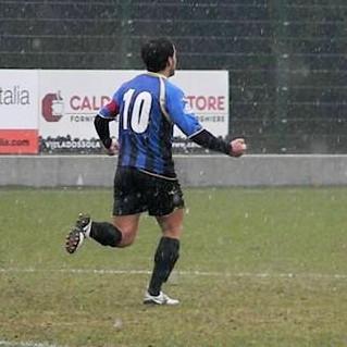 67': Iannolo esulta dopo il gol del pareggio