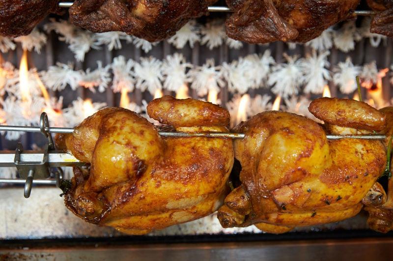 Hähnchen vom Flammenwandgrill Loreley Biergarten