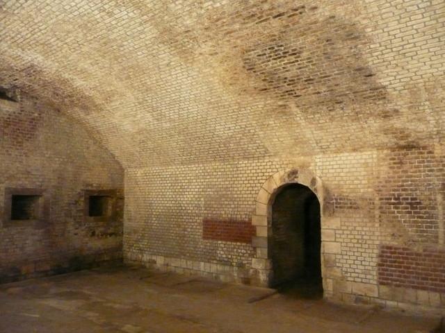 accès à un souterrain