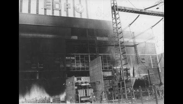 1989 beaucoup de dégât après l'incendie