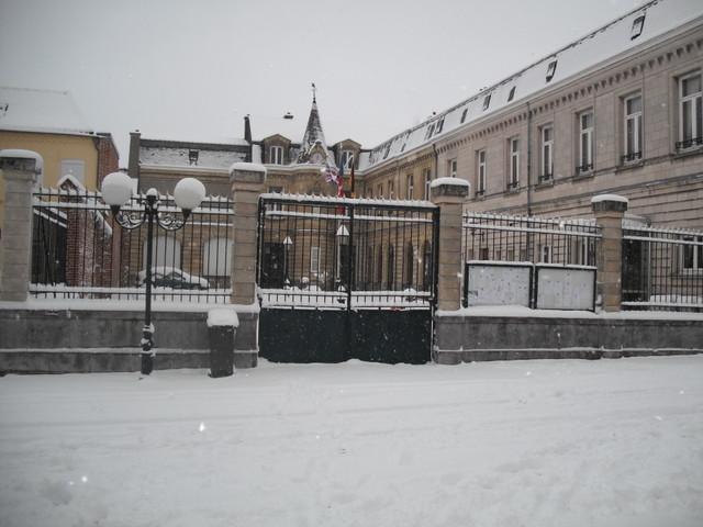 La mairie, rue G.Daix