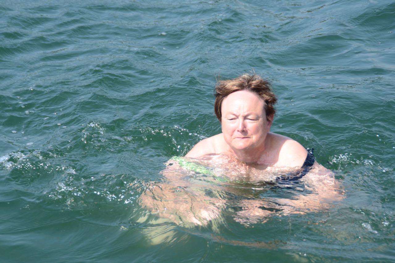 Alssund Silvia beim Schwimmen