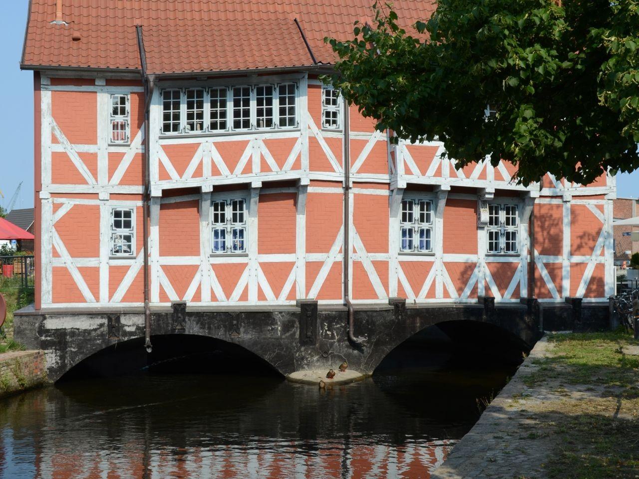 Wismar am Kanal