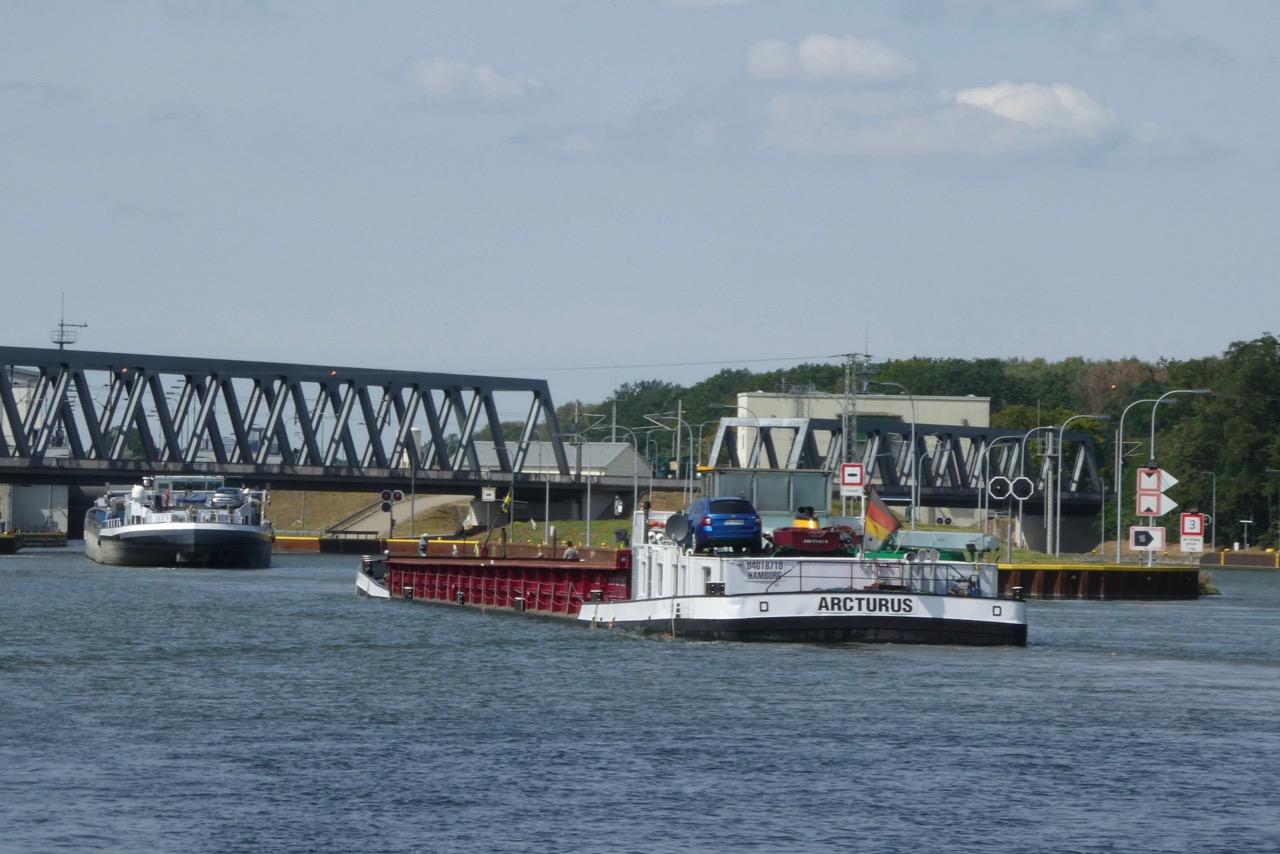 Elbe Seitenkanal Schleuse