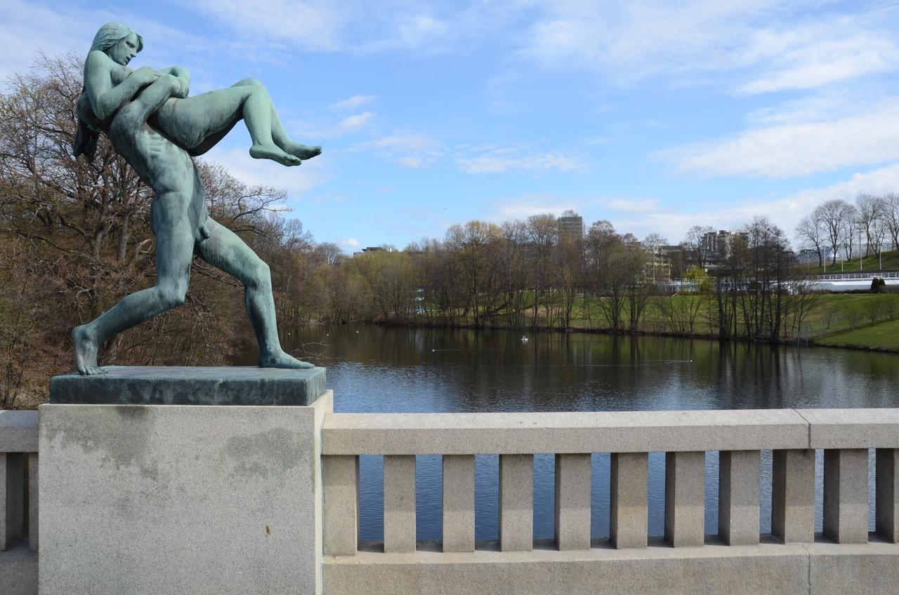 Oslo Vigelandspark Bronce Statue