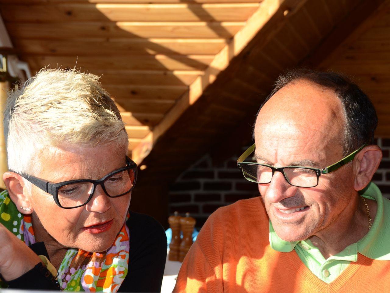 Barbara und Heinz in der Markthalle Binz
