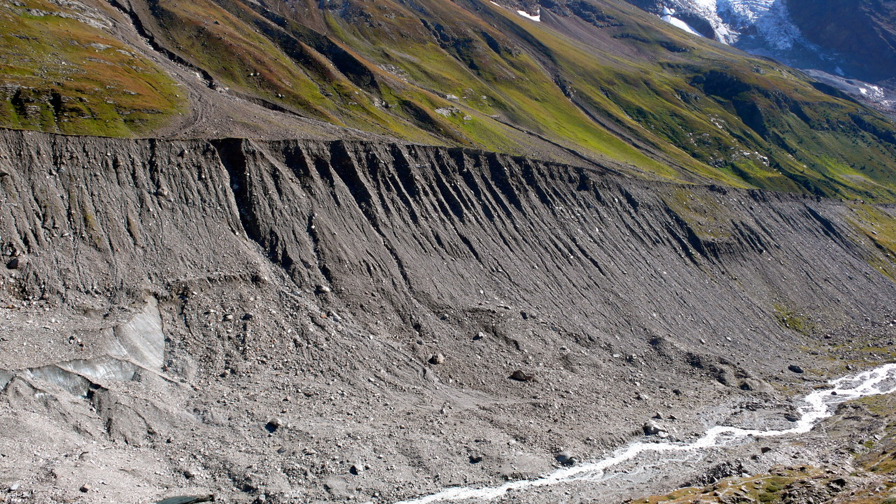 Die Gandeggmoräne zeigt den Gletscherstand vor ca. 150 Jahren an