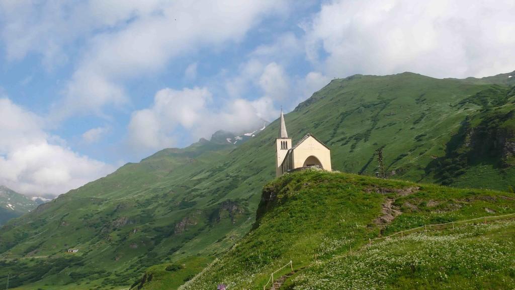Kirche in Chärbäch