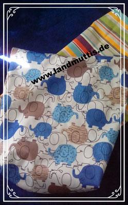 2 Wetbags- zur Aufbewahrung von gebrauchten Stoffies - ebenso wie die Windeln in schicken Designs.
