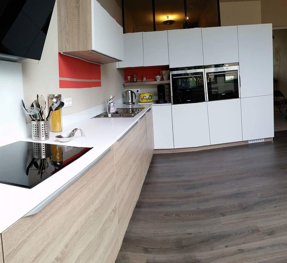 ensemble de casseroliers équipées avec une ouverture automatique blummotion cuisine design Toulouse
