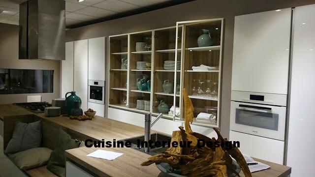 cuisine design toulouse en bois clair tendance nordique et façades en laque mate collection 2017