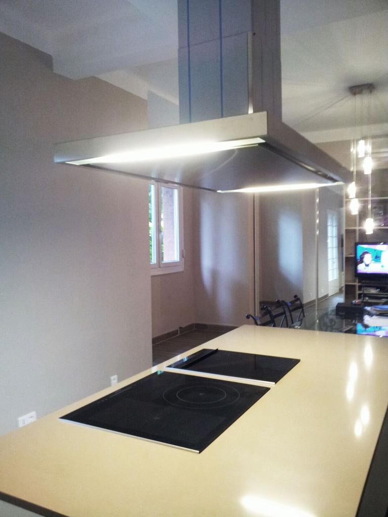 cuisine design :vision de l'îlot et de l'espace repas