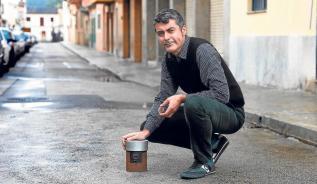 Gabriel Lacomba retrata Palma con una 'lata de leche'