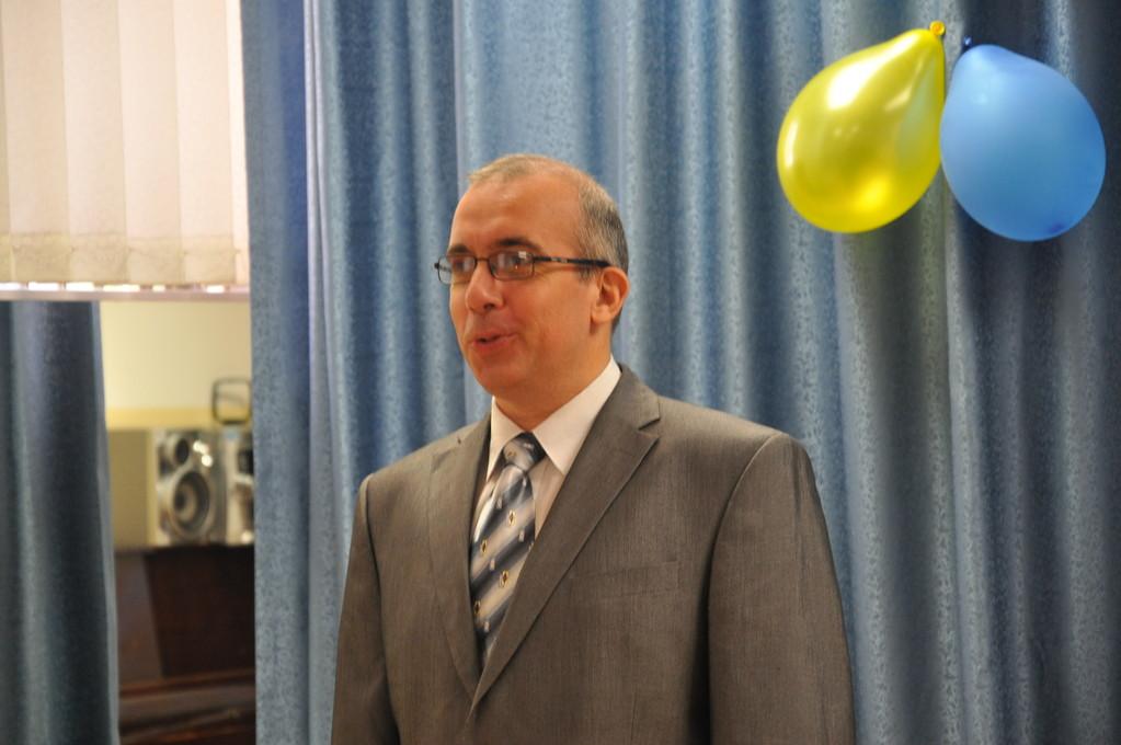 Директор школы В.В.Зубарев