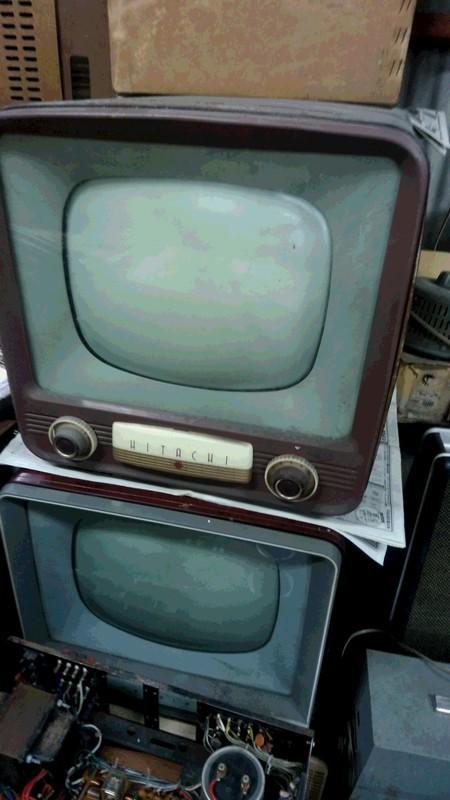 古いテレビゴミの写真