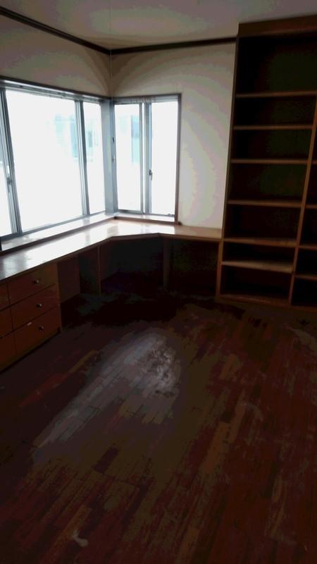 不用品回収後の物がなくなった部屋写真