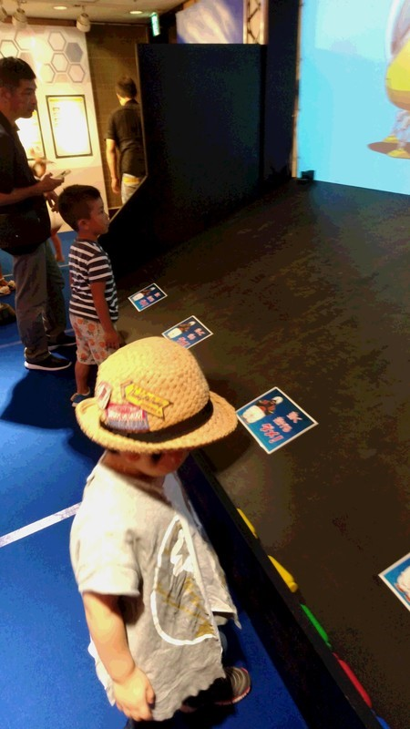 イベントに参加する子供の写真