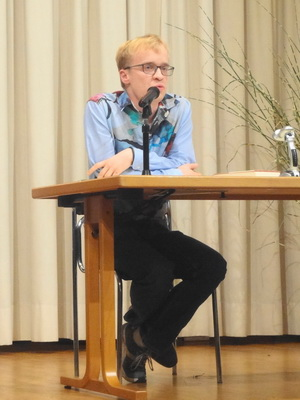 Mag. Cornelius Binder spricht zu Alois Vogel