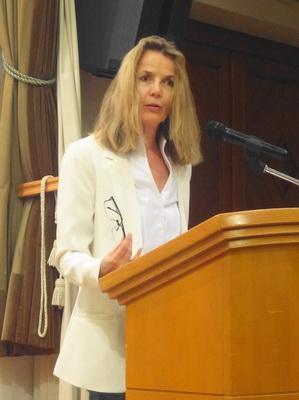 Edith Ulla Gasser (Jurymitglied und Laudatorin)