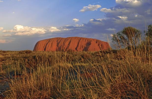 Uluru (Ayers Rock)                                                                                               © Tourism Australia/Tourism NT