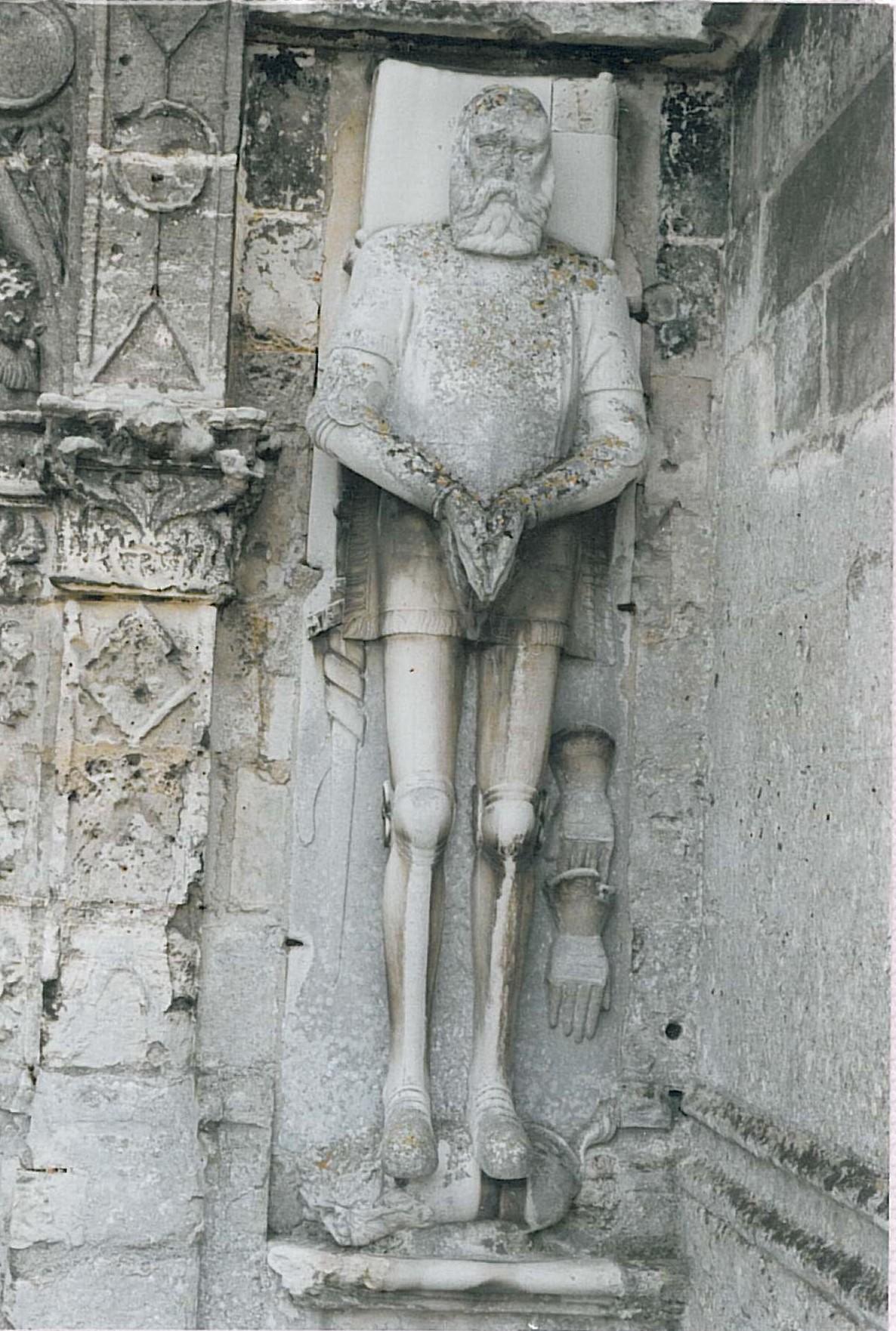 Eglise Saint-Pierre-ès-Liens / le Gisant de Jean de Lanvin