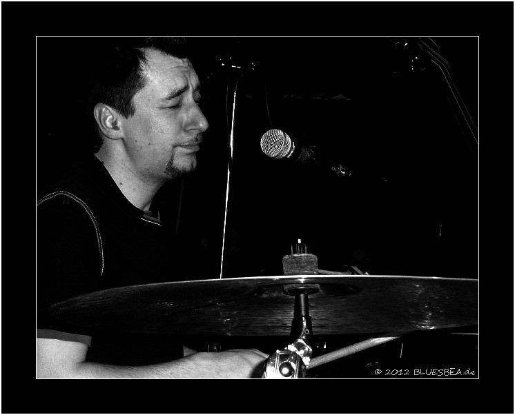 #74 Bernhard Egger (BB & The Blues Shacks) Hallo Bea! Du machst sehr tolle Fotos!