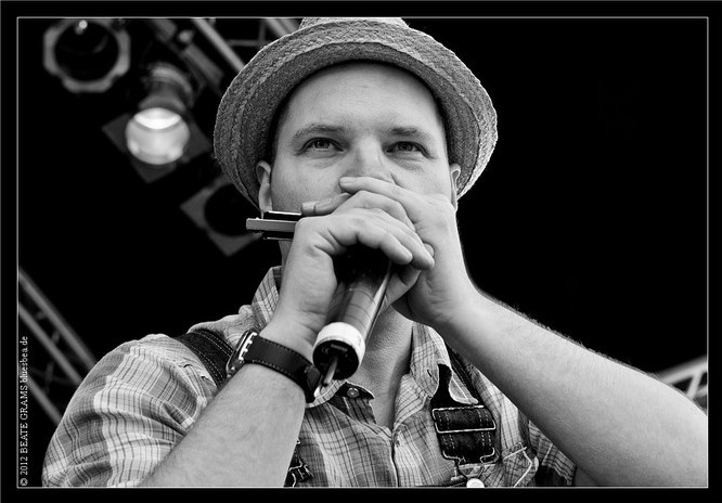 #97 Dear Bea, Thanks for some great pictures of Tim Lothar and me at Eutin Blues Festival 2012. You're very good! Hope to see you again sometime. Lets keep in touch :-) All the best, Peter Nande
