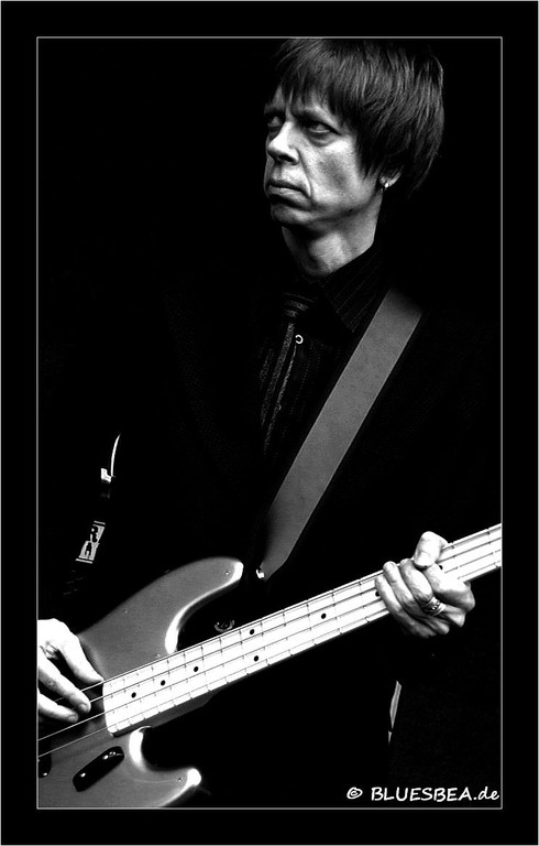 05-2011 Hello, it was nice to meet you at Eutin! Hopefully we can see some photos soon... Best wishes, Jaska Prepula / RJ Mischo bass player