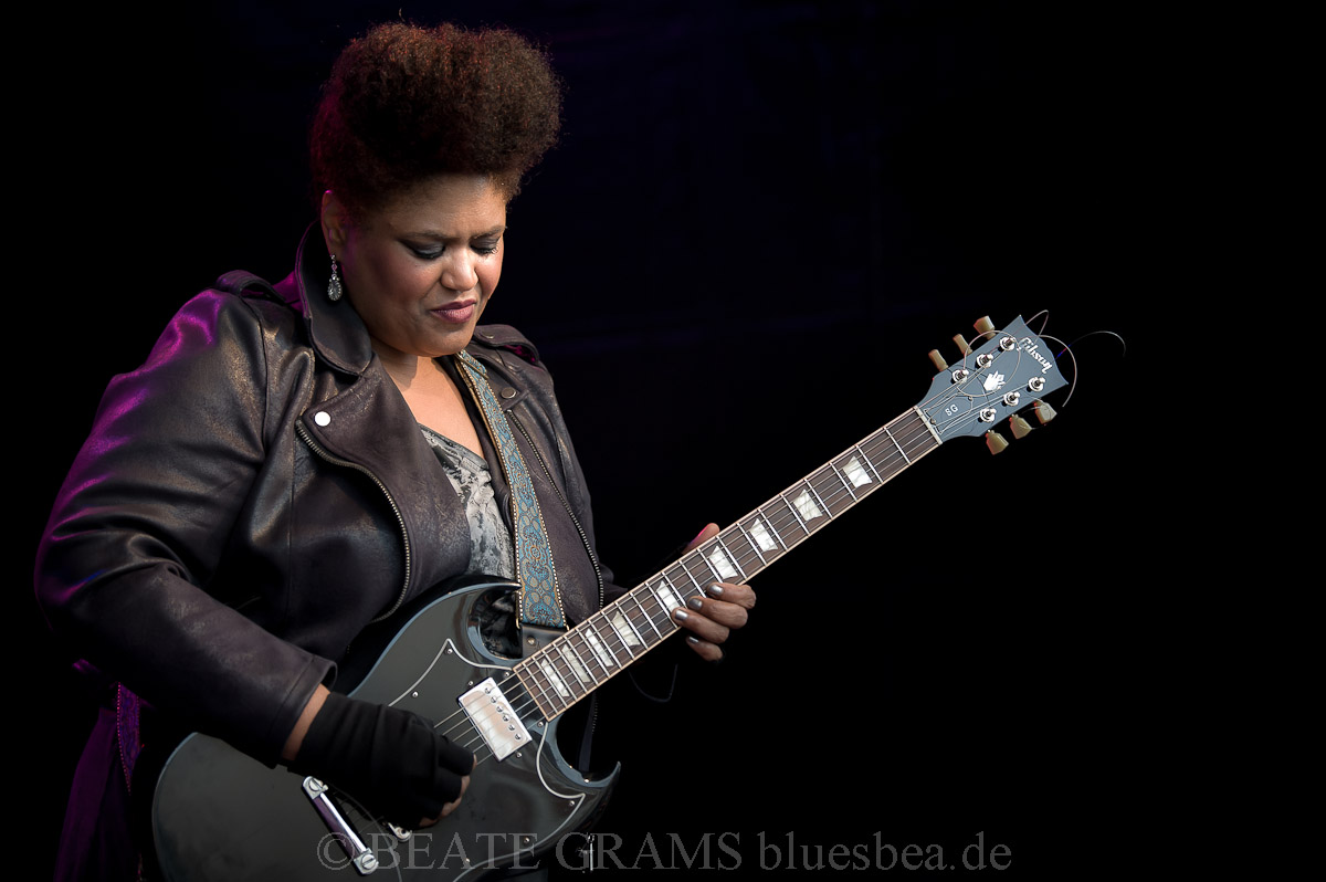 Dede Priest & Johnny Clark And The Outlaws (USA/NL) - Challenge Festival 13.09.2019 BalticBluesEutin