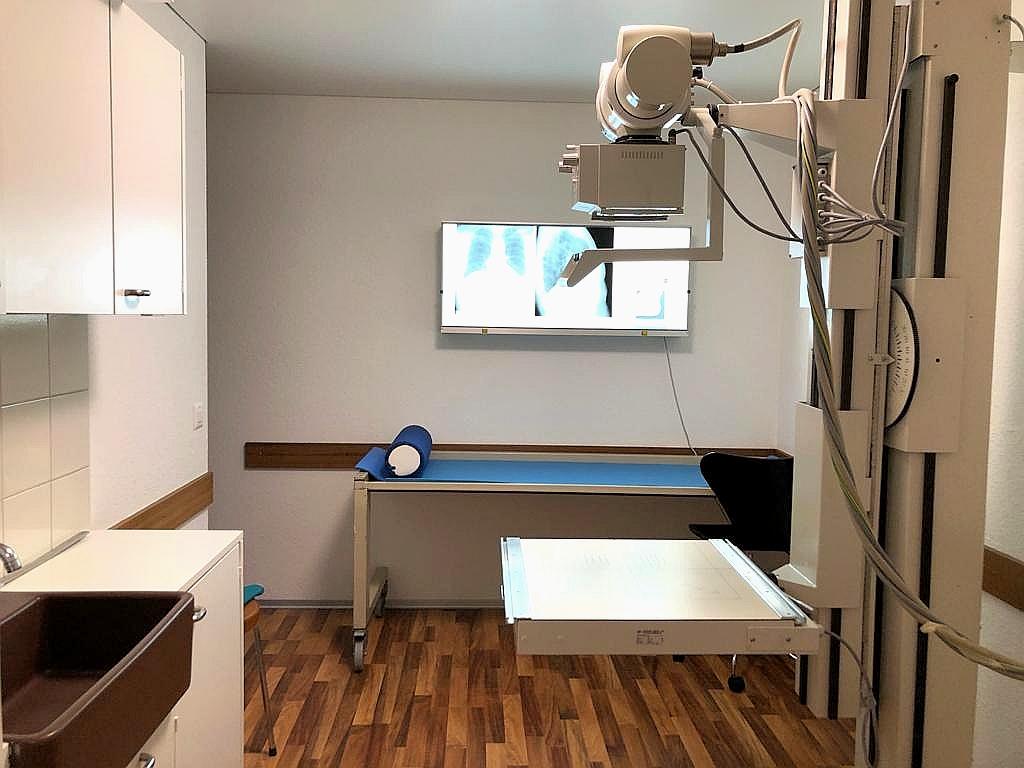 Die Röntgenanlage ermöglicht uns eine bildgebende Diagnostik.